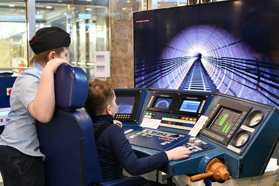 Столичные школьники могут посетить бесплатные обзорные экскурсии в музеях
