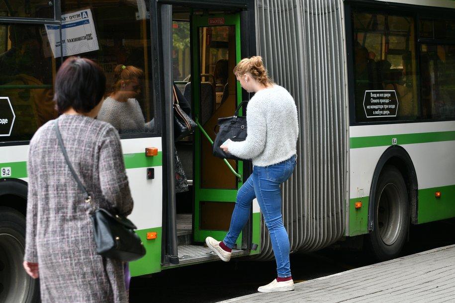 У автобуса №372 появятся две новые остановки