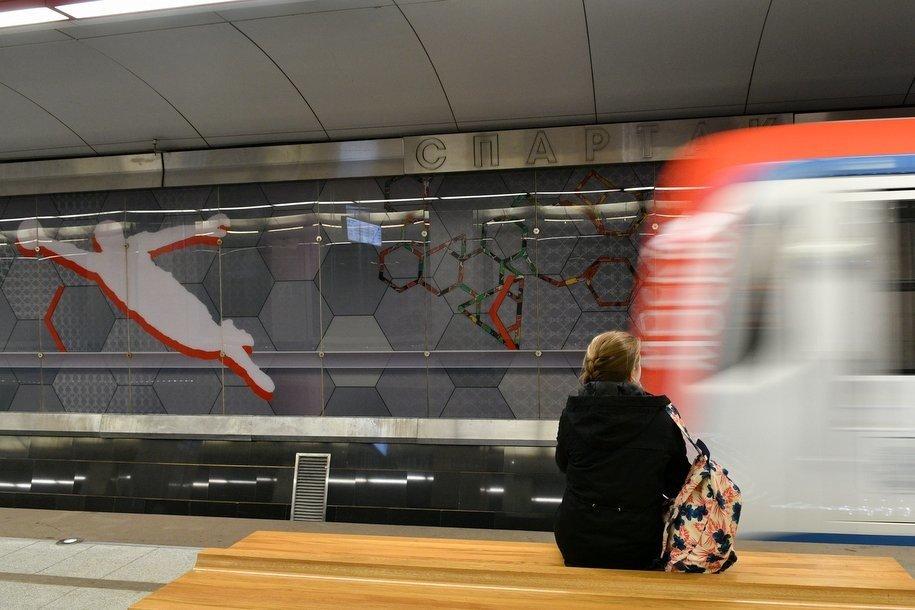 Северный вестибюль станции метро «Спартак» работает только на вход