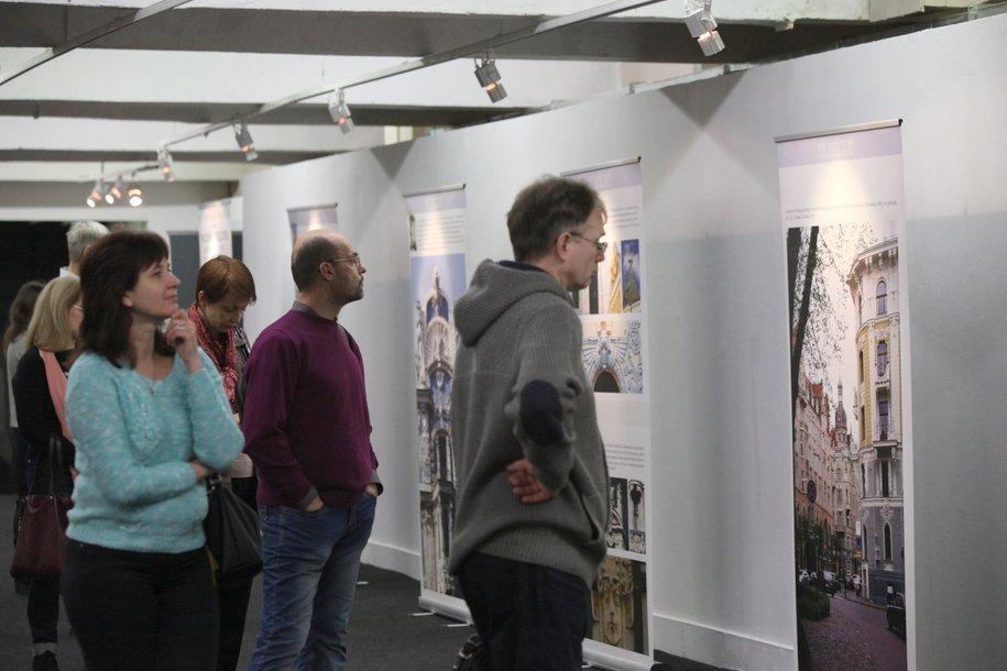 Третьяковскую галерею ежедневно посещают до 13 тысяч человек