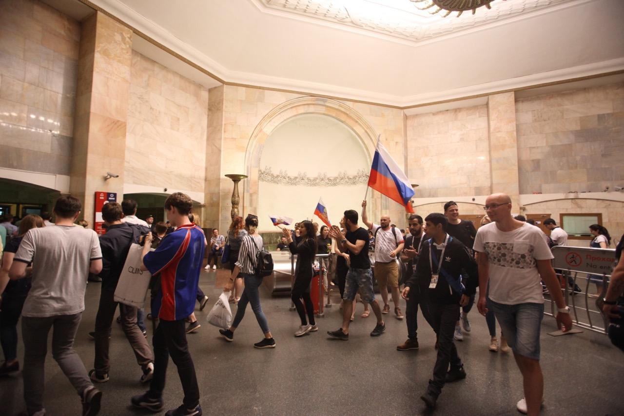 Трансляцию матча Россия — Испания в московском метро посмотрели более 350 тыс. человек