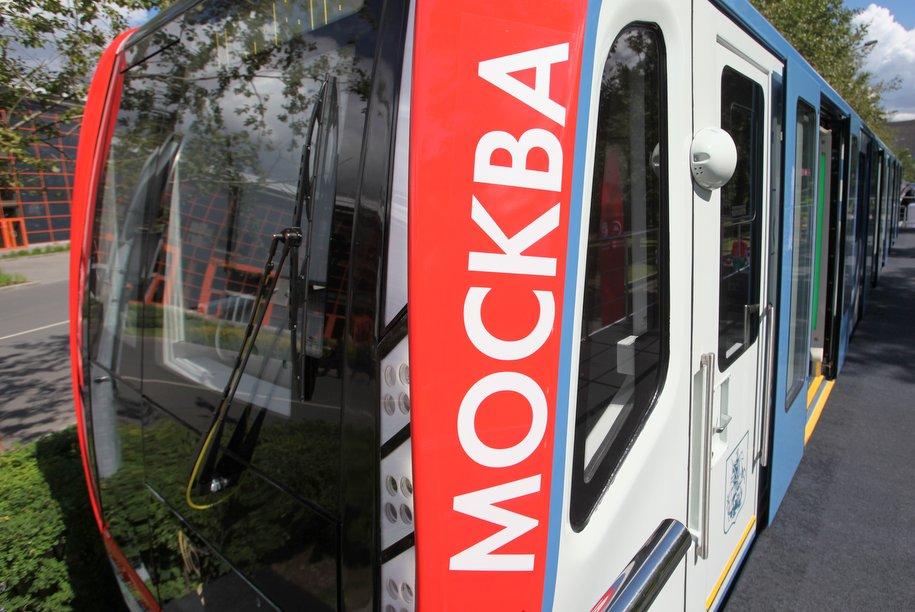 На Филевской линии метро запустили обновленный поезд «Москва»