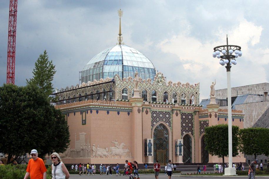 На ВДНХ завершается реставрация павильона «Казахстан» — Собянин