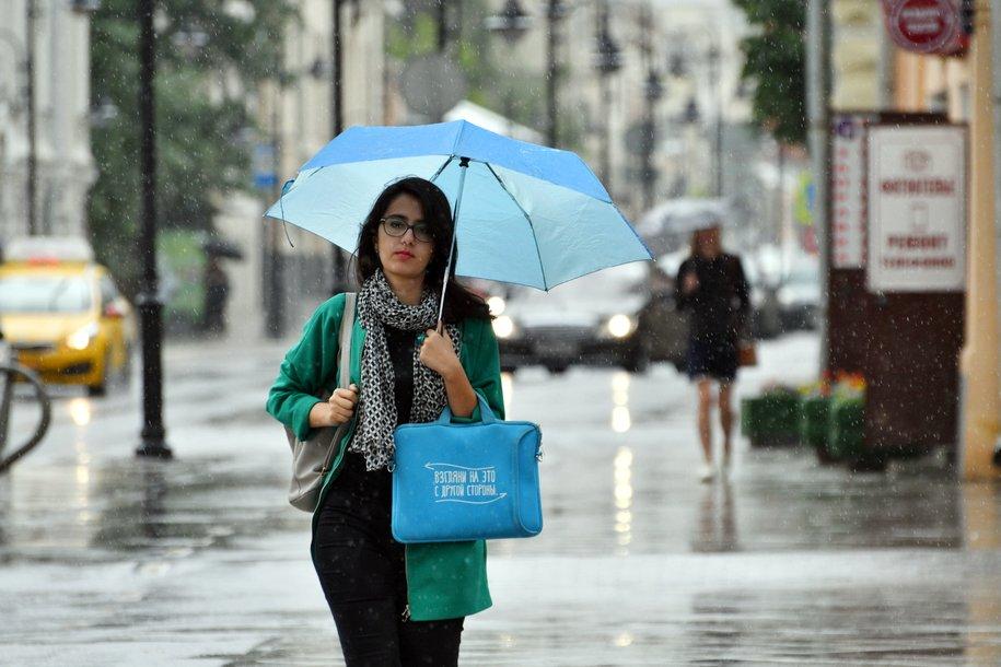 Дождь, гроза и сильный ветер ожидаются в столице 11 июля
