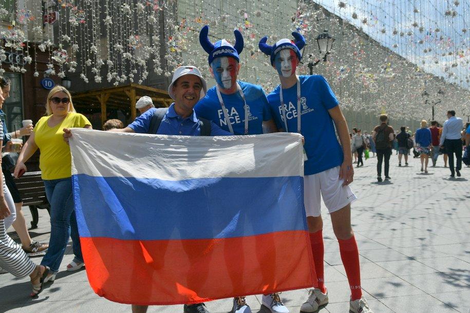 Сергей Собянин напутствовал игроков сборной России по футболу на удачную игру