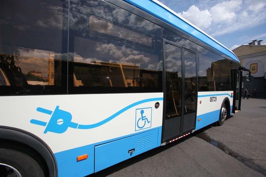 Электробусы перевезли более 2 тыс. пассажиров с начала работы на улицах Москвы