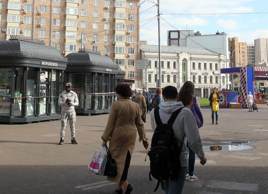 На юго-западе Москвы неизвестные украли киоск с прессой