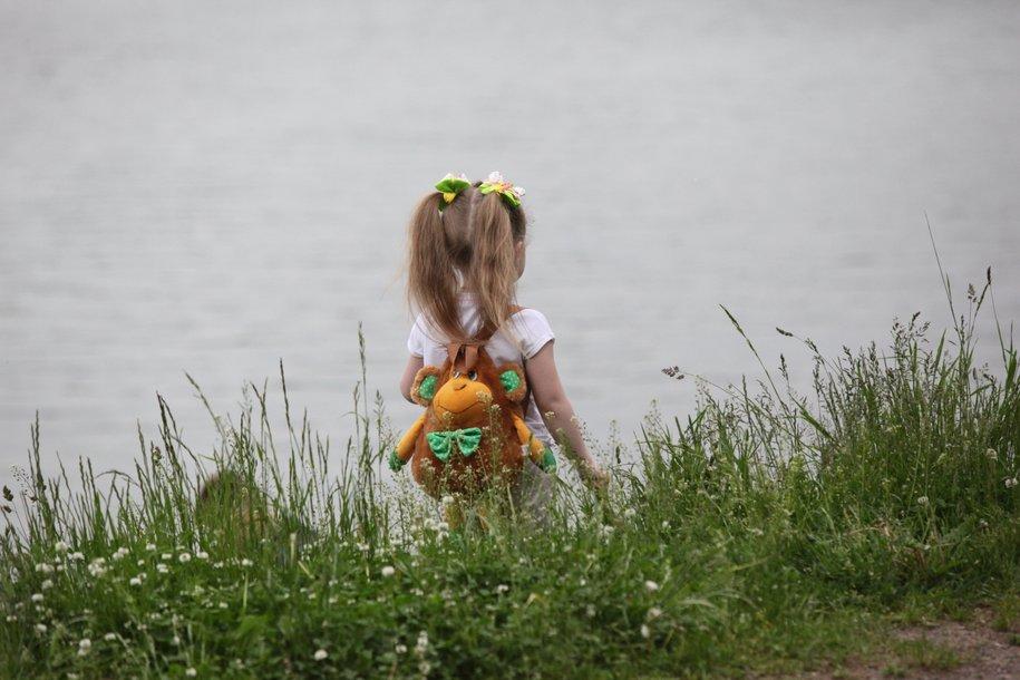 В ТиНАО стажёр полиции спас трехлетнюю девочку, упавшую в водоём
