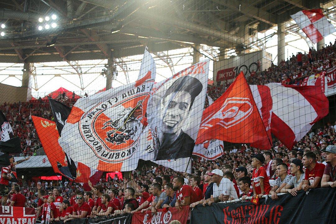 Матч «Спартак» — «Анжи» в Москве посетили 28 тысяч человек
