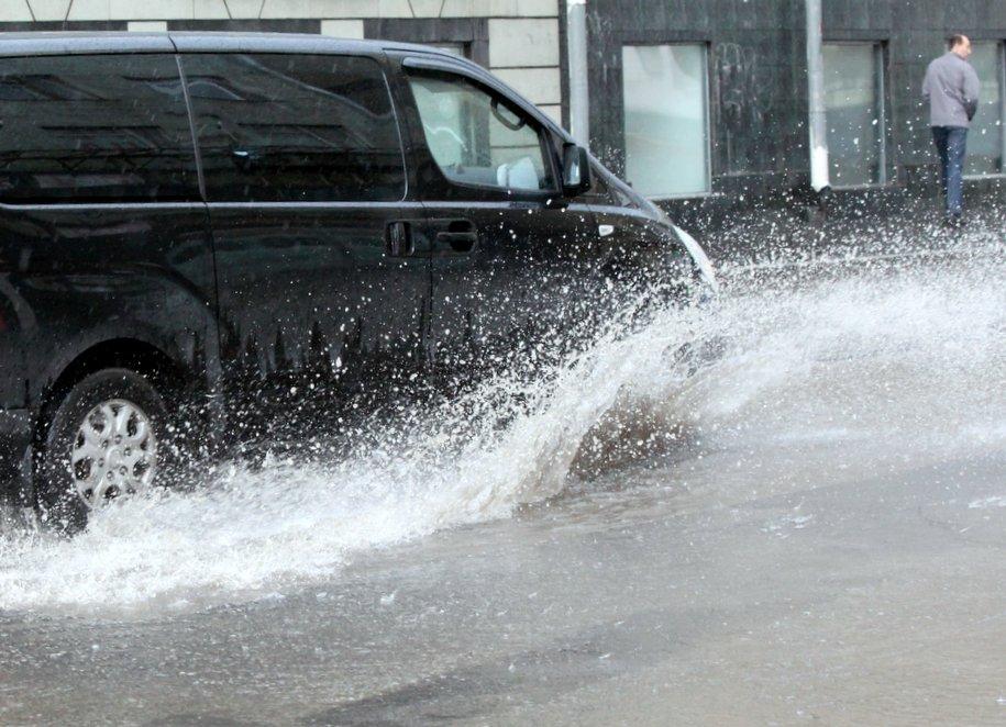 В середине недели ливень принесет в Москву до трети нормы осадков