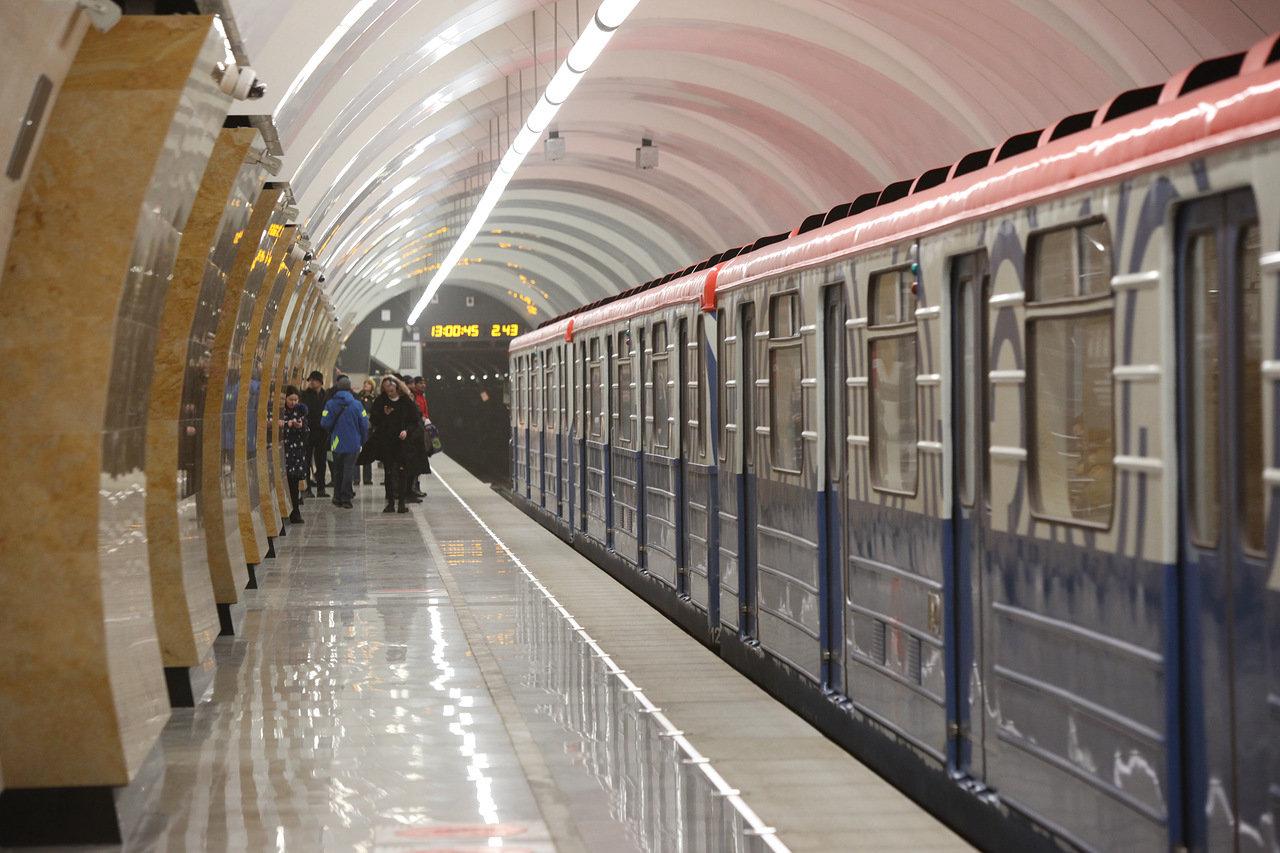 На Калужско-Рижской линии метро запустили тематический поезд «Город образования»