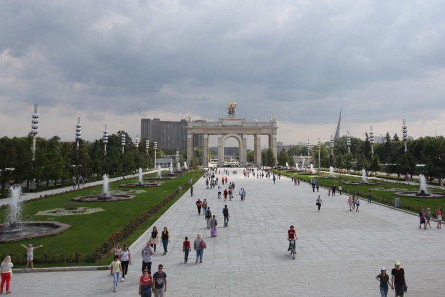 На ВДНХ создадут гигантскую копию фрески по мотивам иконы Андрея Рублева