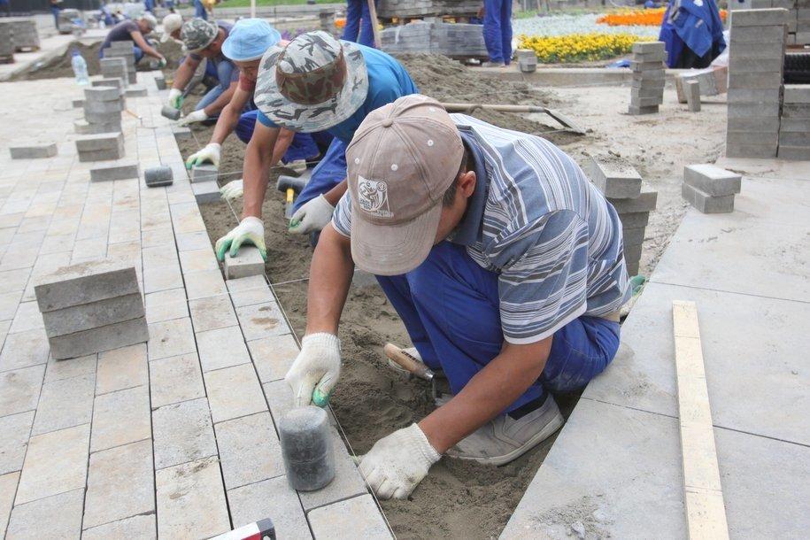 В парках Москвы благоустроили и отремонтировали более 150 объектов