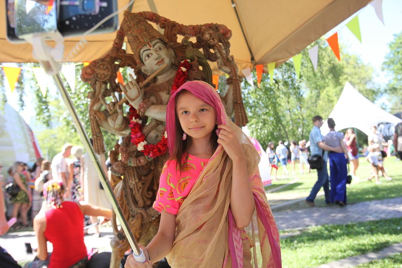 В парке «Сокольники» проходит ежегодный фестиваль «День Индии»