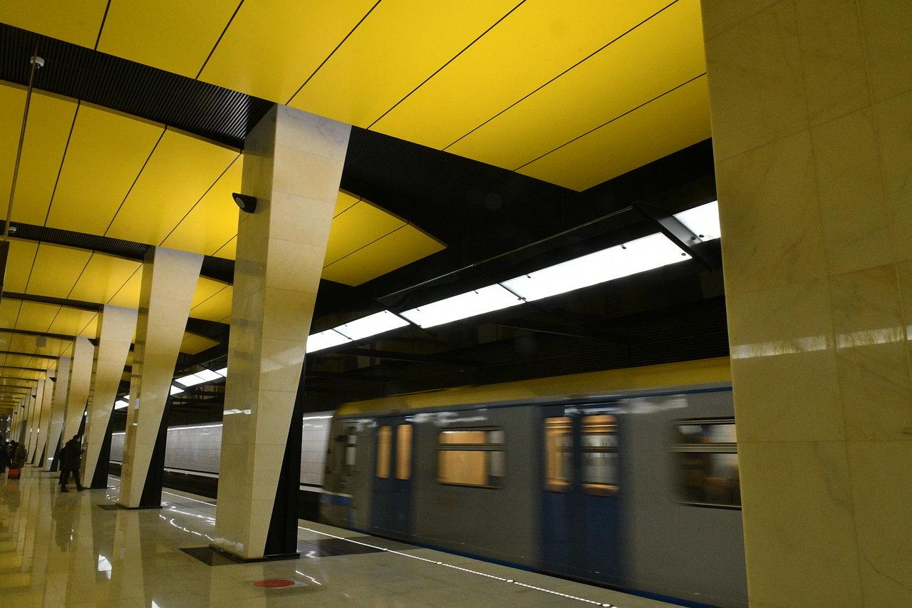 Движение поездов между станциями метро «Шелепиха» и «Раменки» будет приостановлено 25 августа