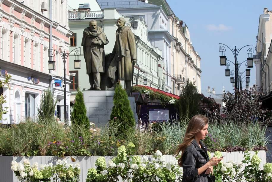 Сергей Собянин поздравил Геннадия Чихачева с открытием новой сцены Музыкального театра