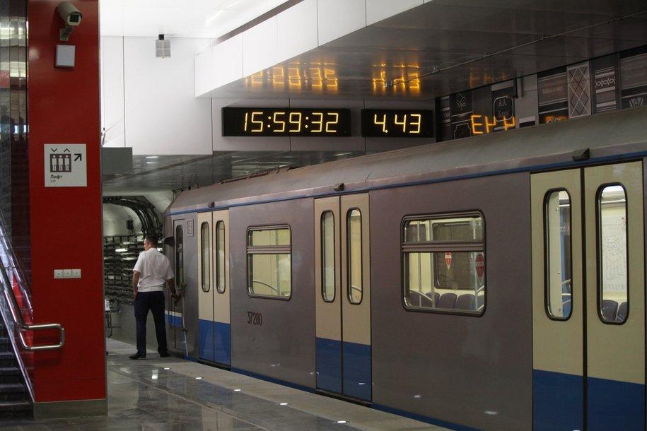 С 3 сентября машинисты поездов в метро будут приветствовать пассажиров и сообщать о погоде