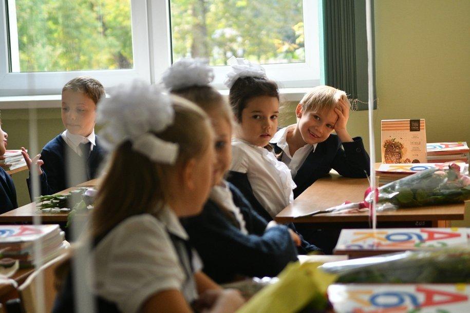 В столичных школах началось тестирование системы распознавания лиц