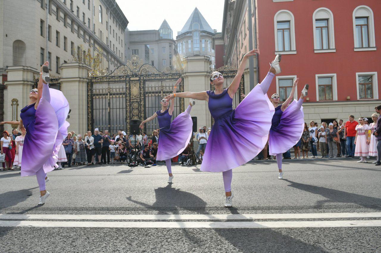 В праздничных мероприятиях в честь Дня города приняли участие около 5 млн москвичей