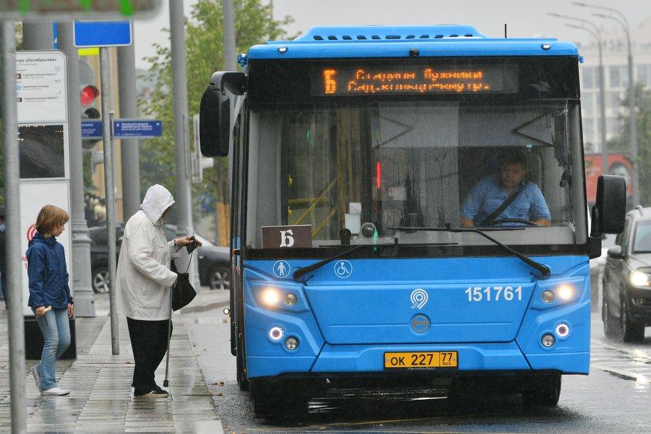 По просьбам москвичей Дептранс изменил маршрут автобуса №592