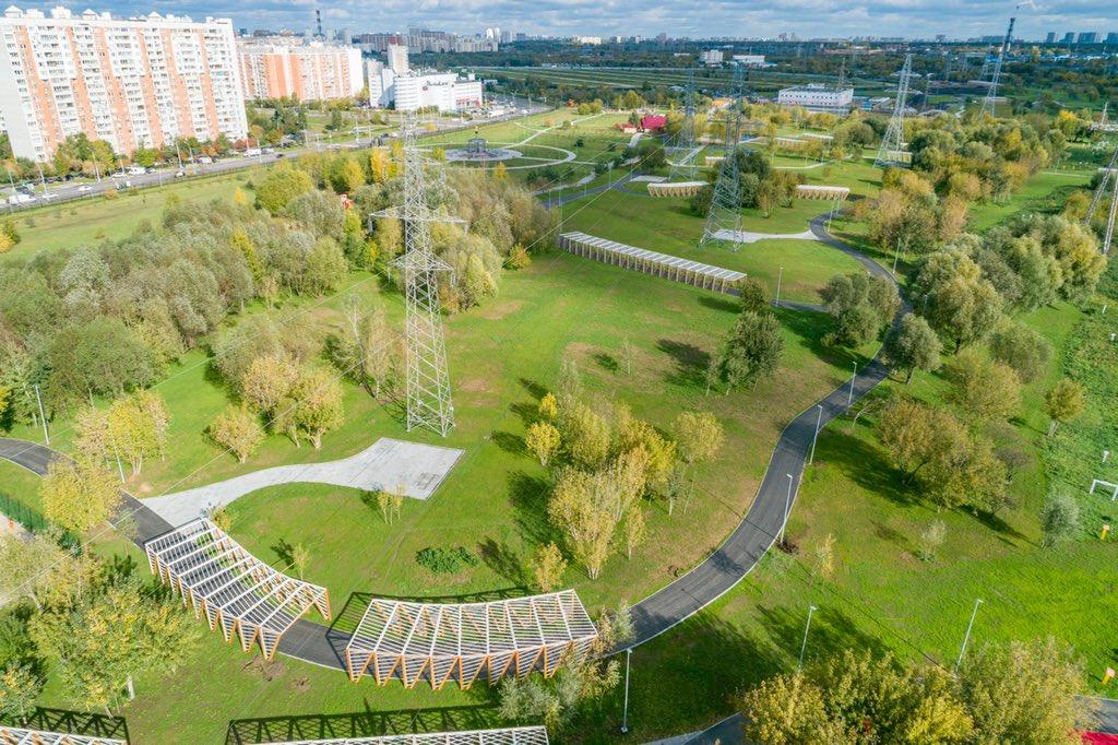 В парке 850-летия Москвы построили профессиональную лыжероллерную трассу