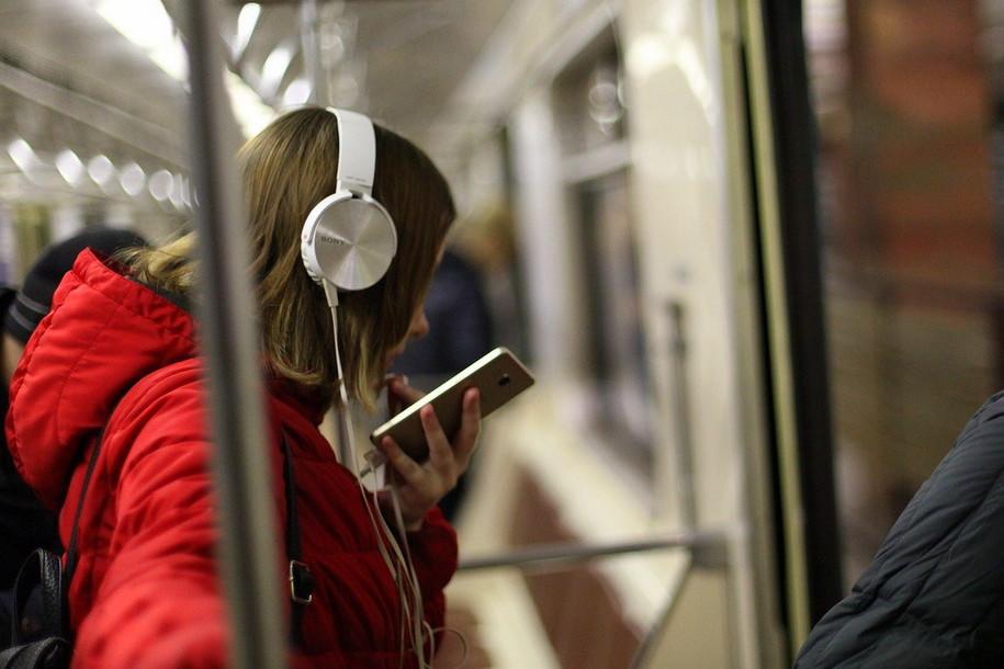 На Замоскворецкой линии метро произошел сбой в движении поездов