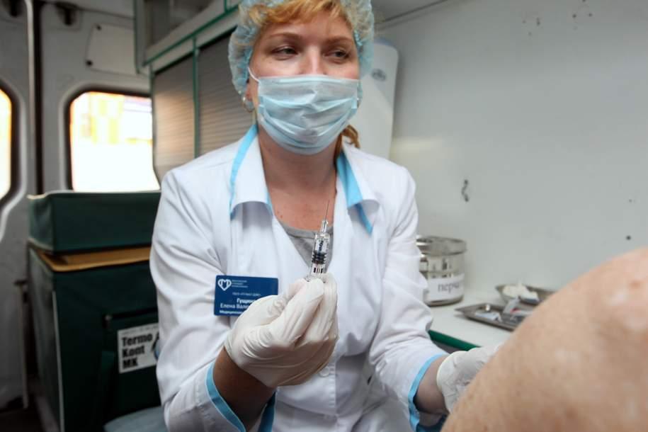 Более трех миллионов москвичей прошли бесплатную вакцинацию
