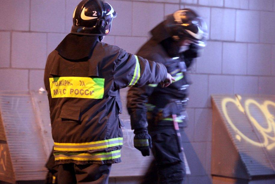 Четырёх человек спасли при пожаре в квартире на Востоке Москвы