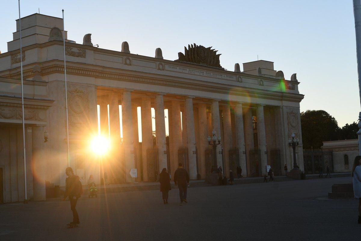 Температура воздуха в Москве 15 и 16 октября может побить рекорды тепла