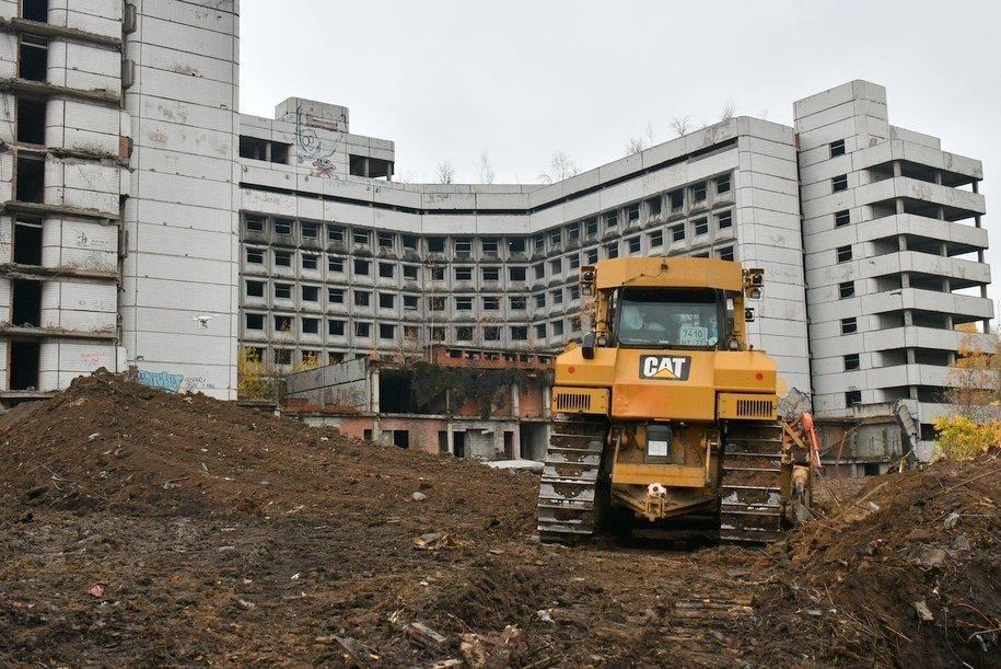 Начало работ по демонтажу зданий Ховринской больницы