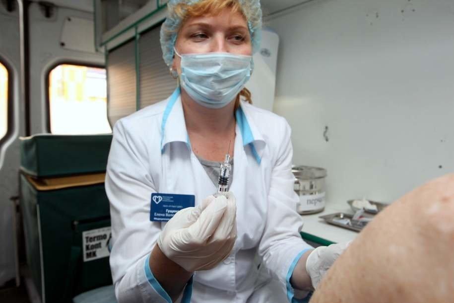 Более 5 млн москвичей сделали прививки от гриппа