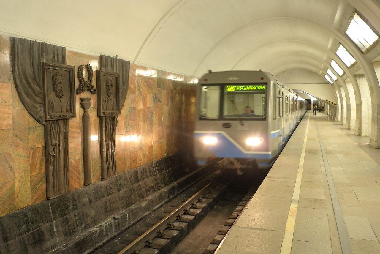 Вестибюль станции «Третьяковская» закроют 17 и 18 ноября