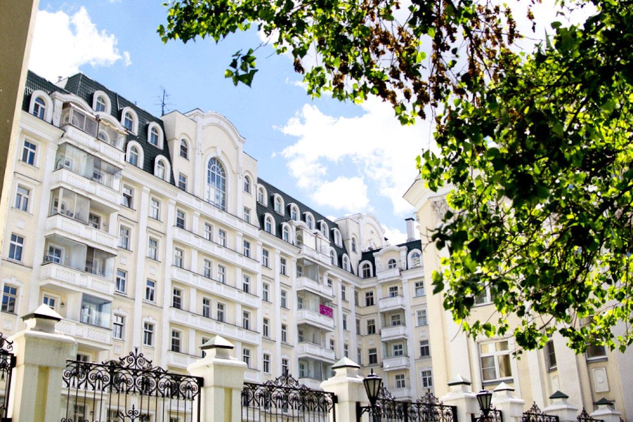 Почему дорогое жилье в Москве стремятся сдать именно иностранцам?