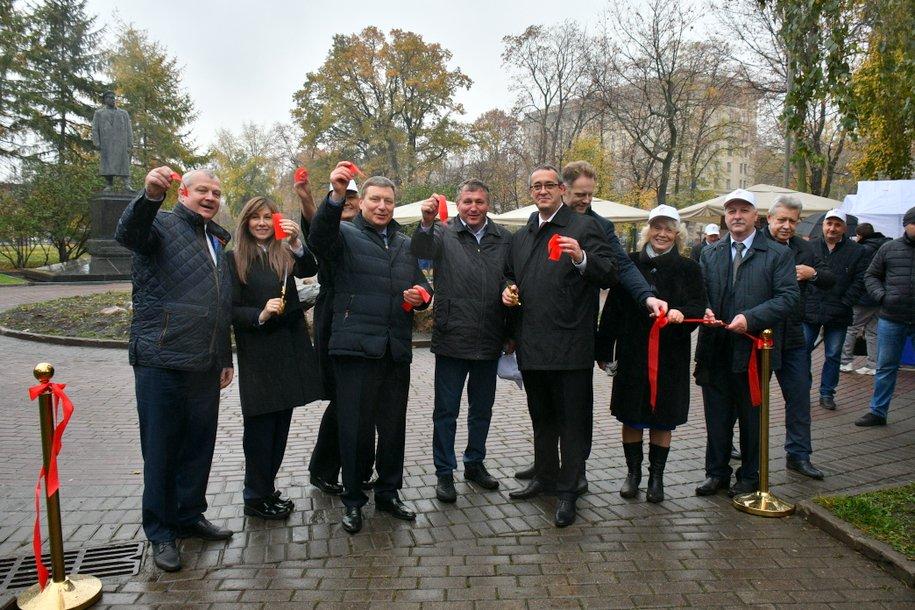 Алексей Шапошников поздравил сотрудников полиции с профессиональным праздником