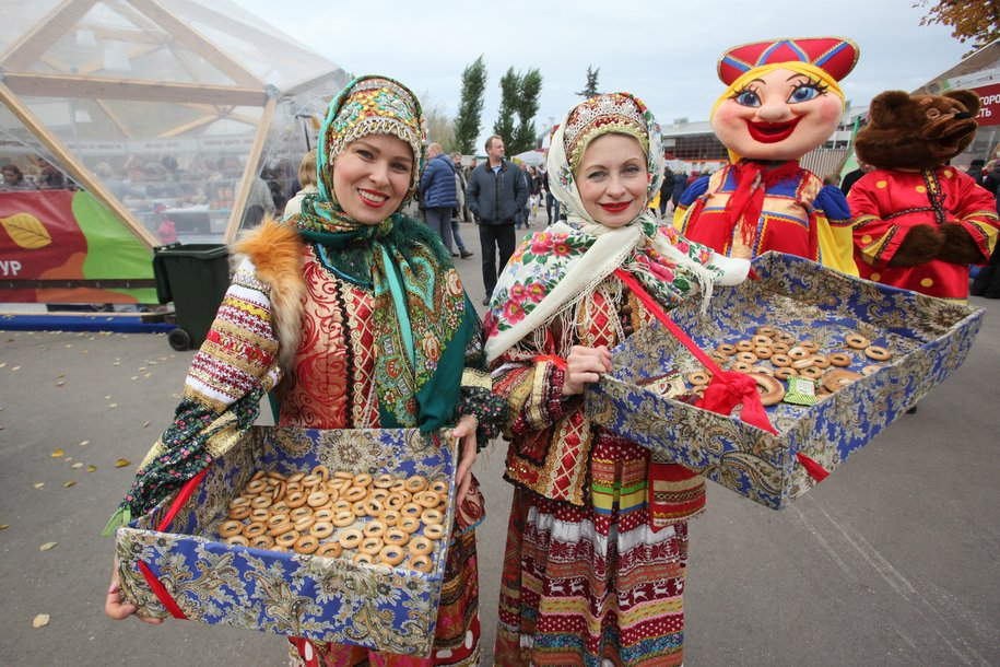 Более 180 тыс. участников «Активного гражданина» оценили проведение фестиваля «Золотая осень» в Москве