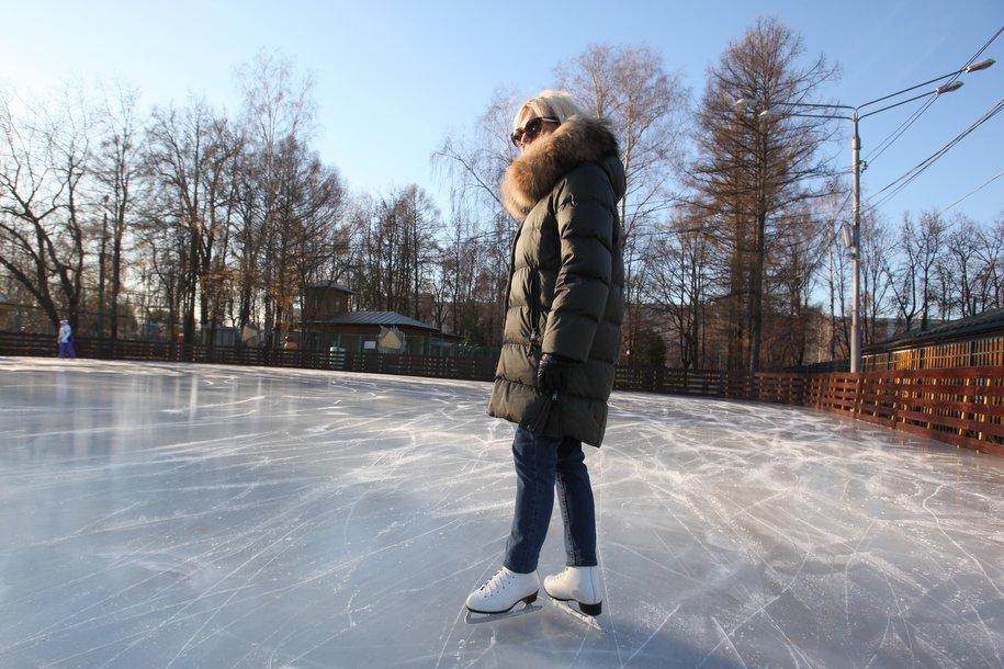 Каток с искусственным льдом откроется в саду «Эрмитаж» 24 ноября