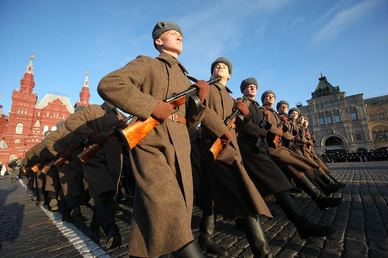 На Красной площади состоялась генеральная репетиция торжественного марша в честь 77-летия военного парада