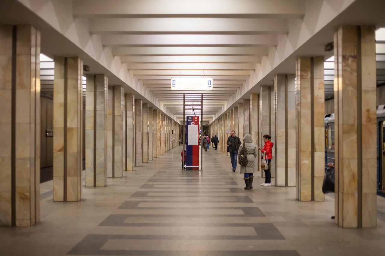 На станции метро «Коломенская» завершен ремонт вестибюлей и подуличного перехода