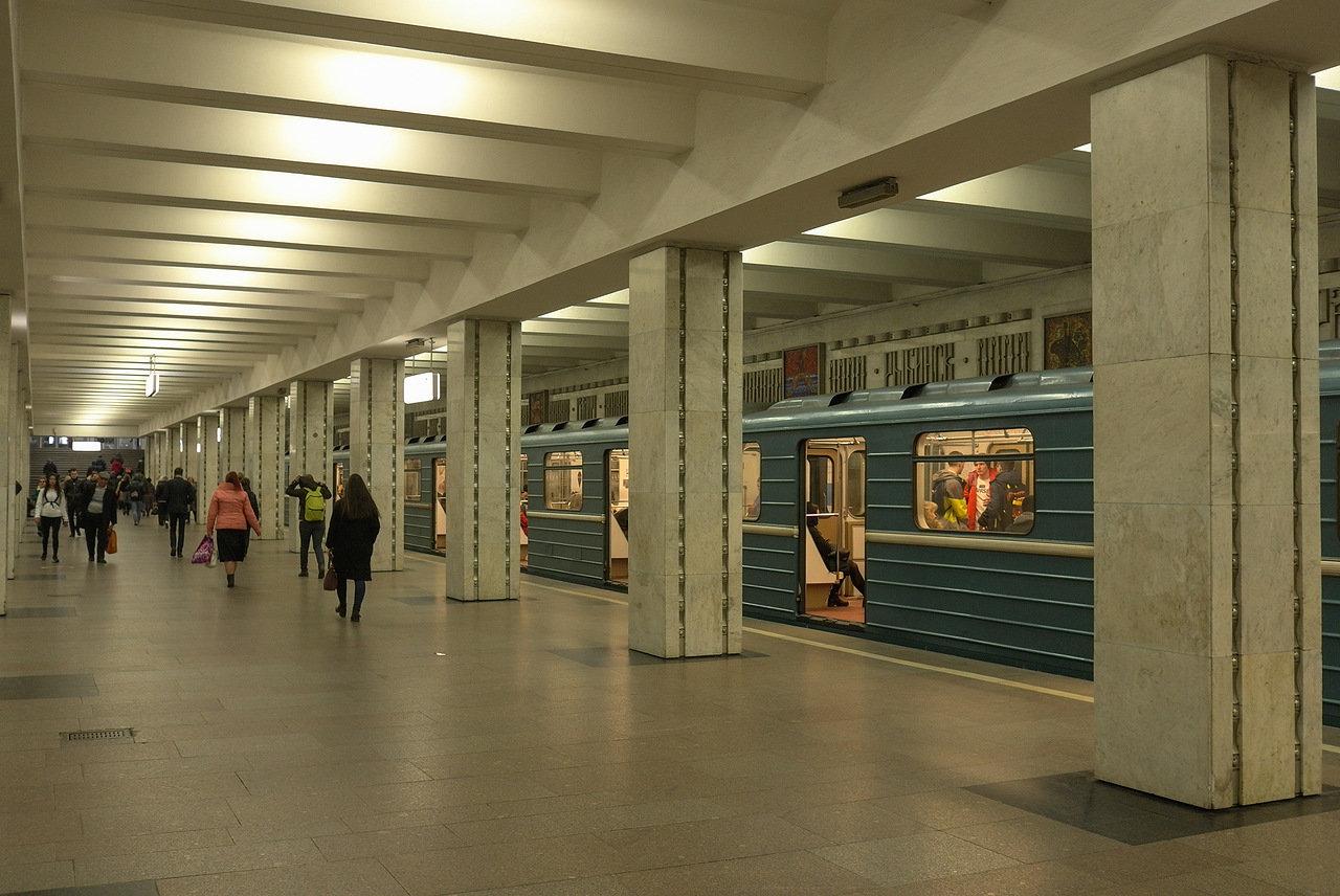 Ремонт лестничных маршей на станции метро «Свиблово» завершат 21 ноября