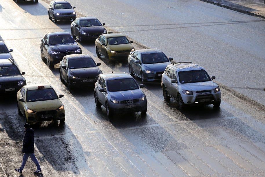 ЦОДД призвал автомобилистов пользоваться общественным транспортом