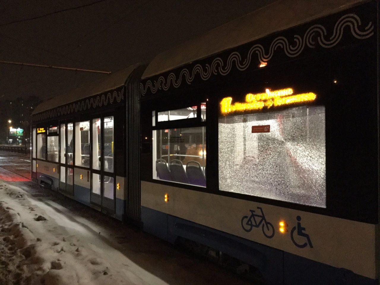Полицейские нашли хулигана, который обстреливал трамваи