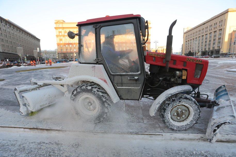 В столице объявлен «желтый» уровень погодной опасности из-за снегопада