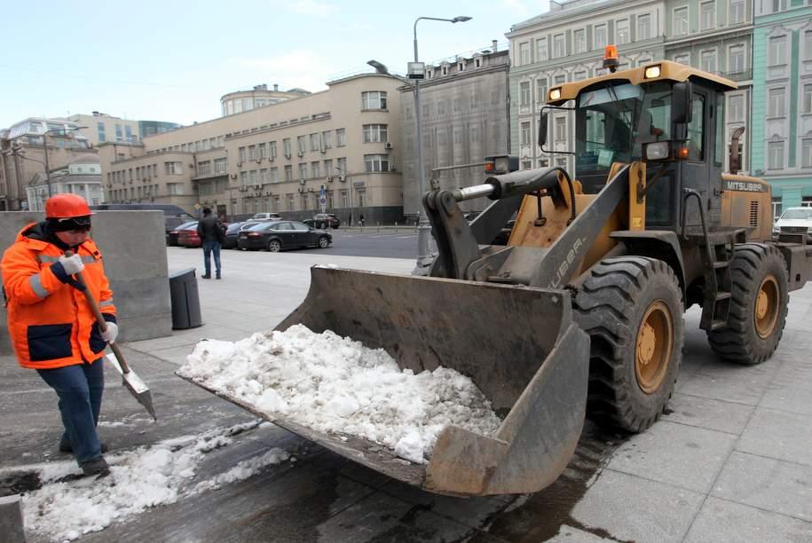Высота сугробов в Москве достигла 13 см после снегопада
