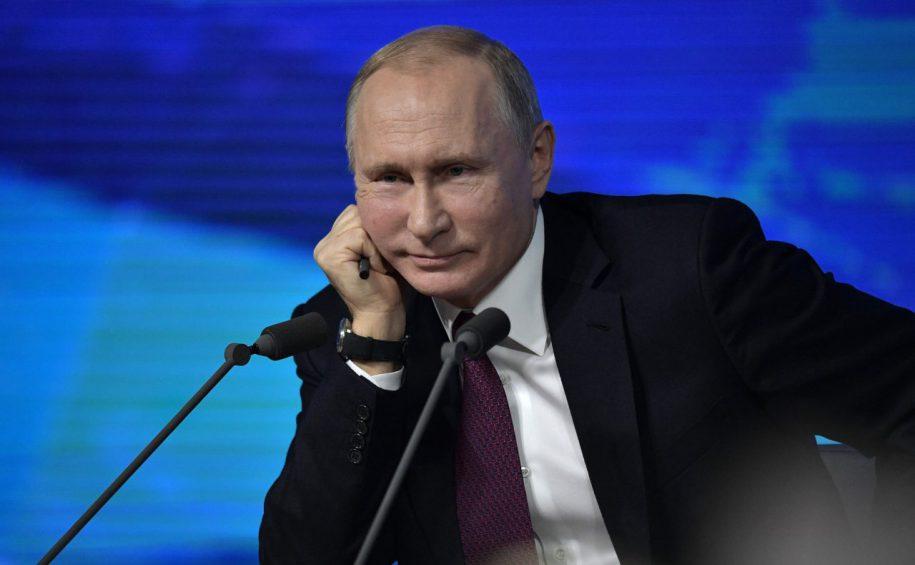 Президент Владимир Путин повысил МРОТ