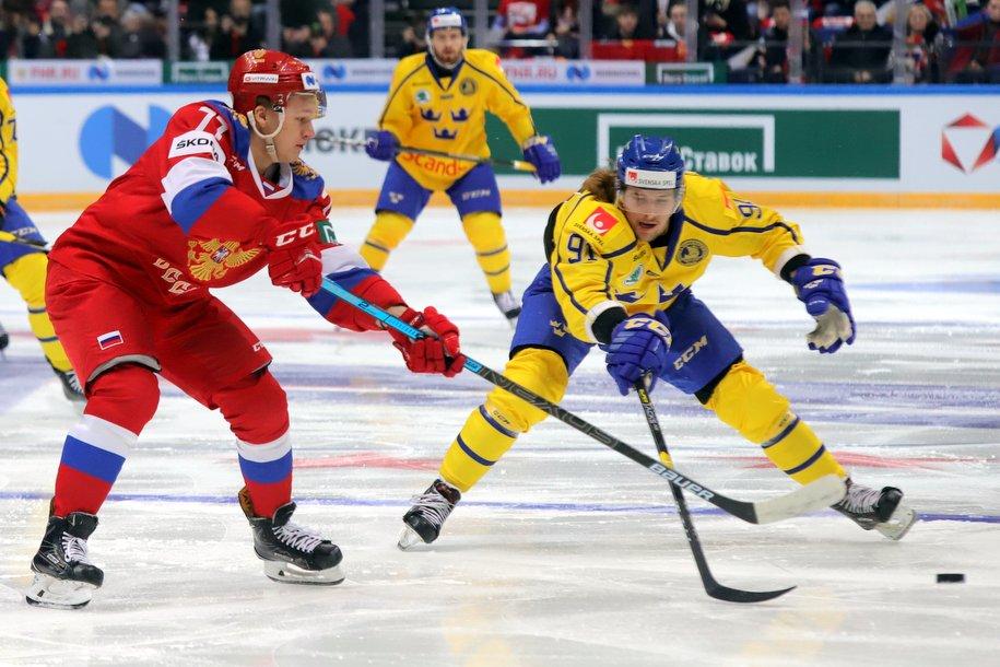 Сборная России по хоккею обыграла сборную Швеции со счетом 3:2