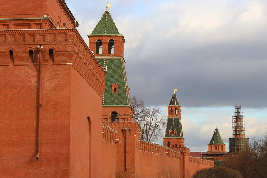 Красные фениксы: безымянные башни Московского Кремля