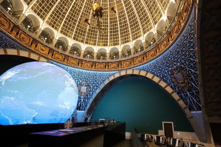 Фонтан «Золотой колос» и павильон «Космос» на ВДНХ стали главными объектами реставрации