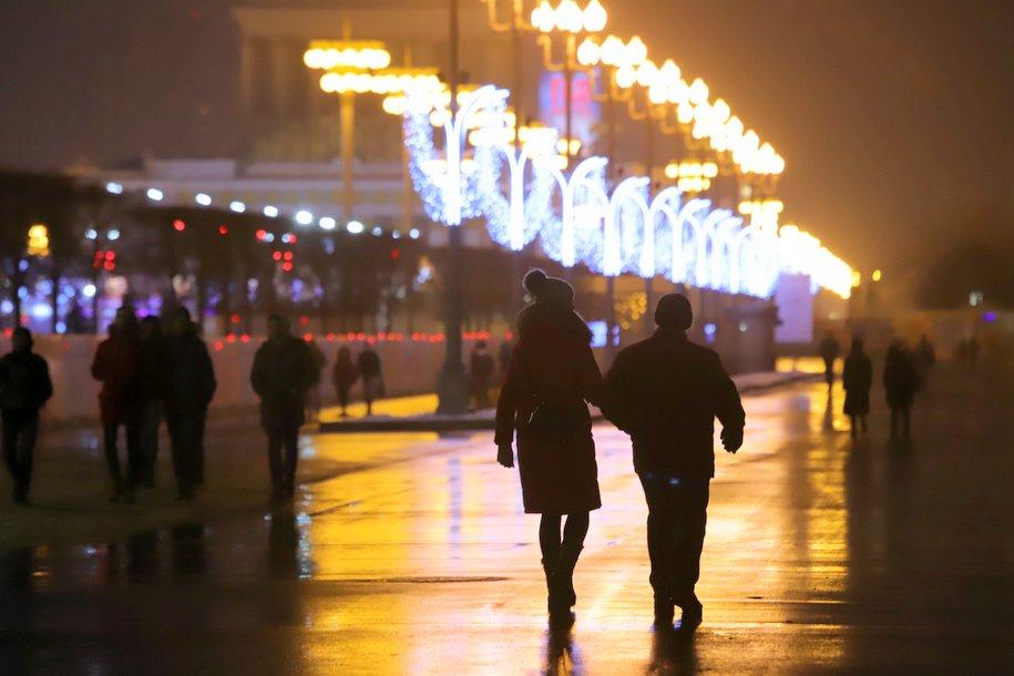 Cлабый снег и до 10 градусов мороза ожидается сегодня в Москве