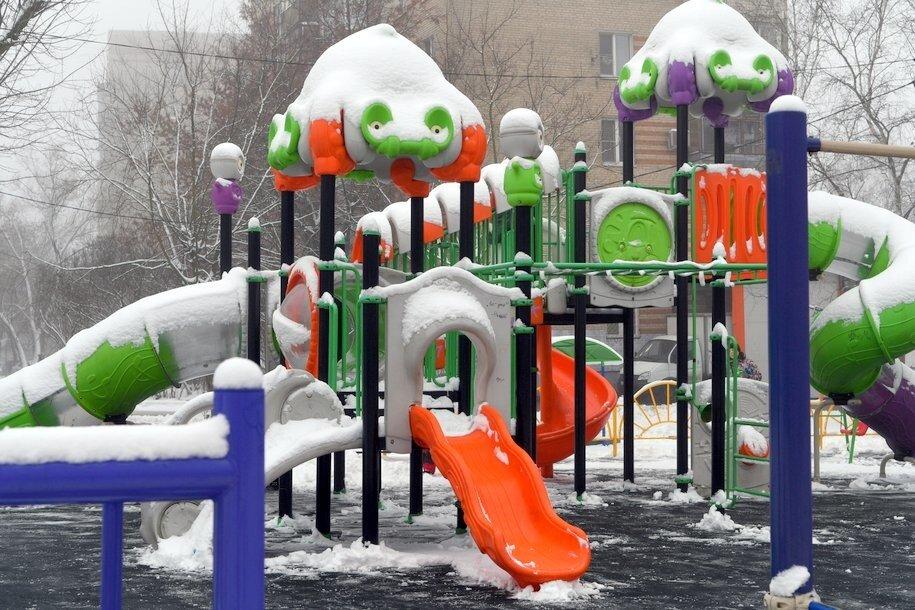 В последние выходные года москвичей ждет комфортная погода с легким снегом