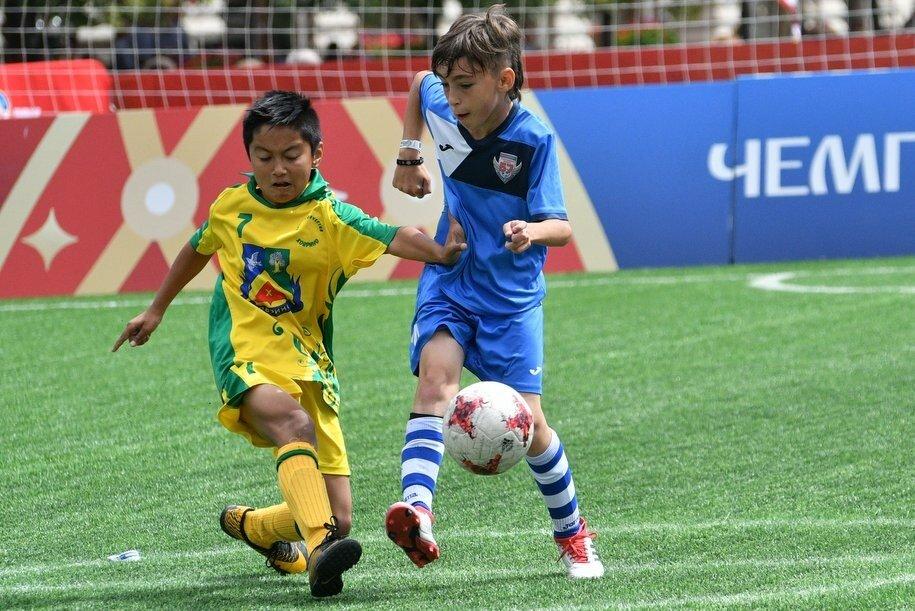 Сергей Собянин поздравил москвичей со Всемирным днем футбола